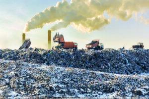 РАН: сжигание несортированных отходов в условиях России неприемлемо